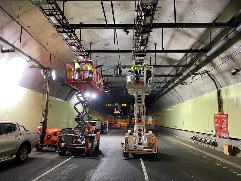 Tunnel_lighting_upgrade_install_underway_800w